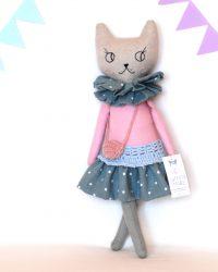 Katė Amelija, 41 cm ūgio
